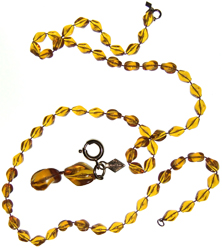 Sarah Coventry Lucite necklace with amber-coloured beads